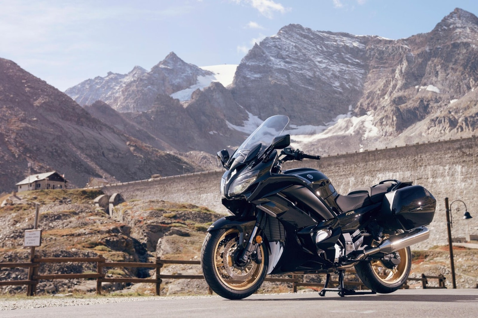 2019_Yamaha_FJR1300Ultimateedition