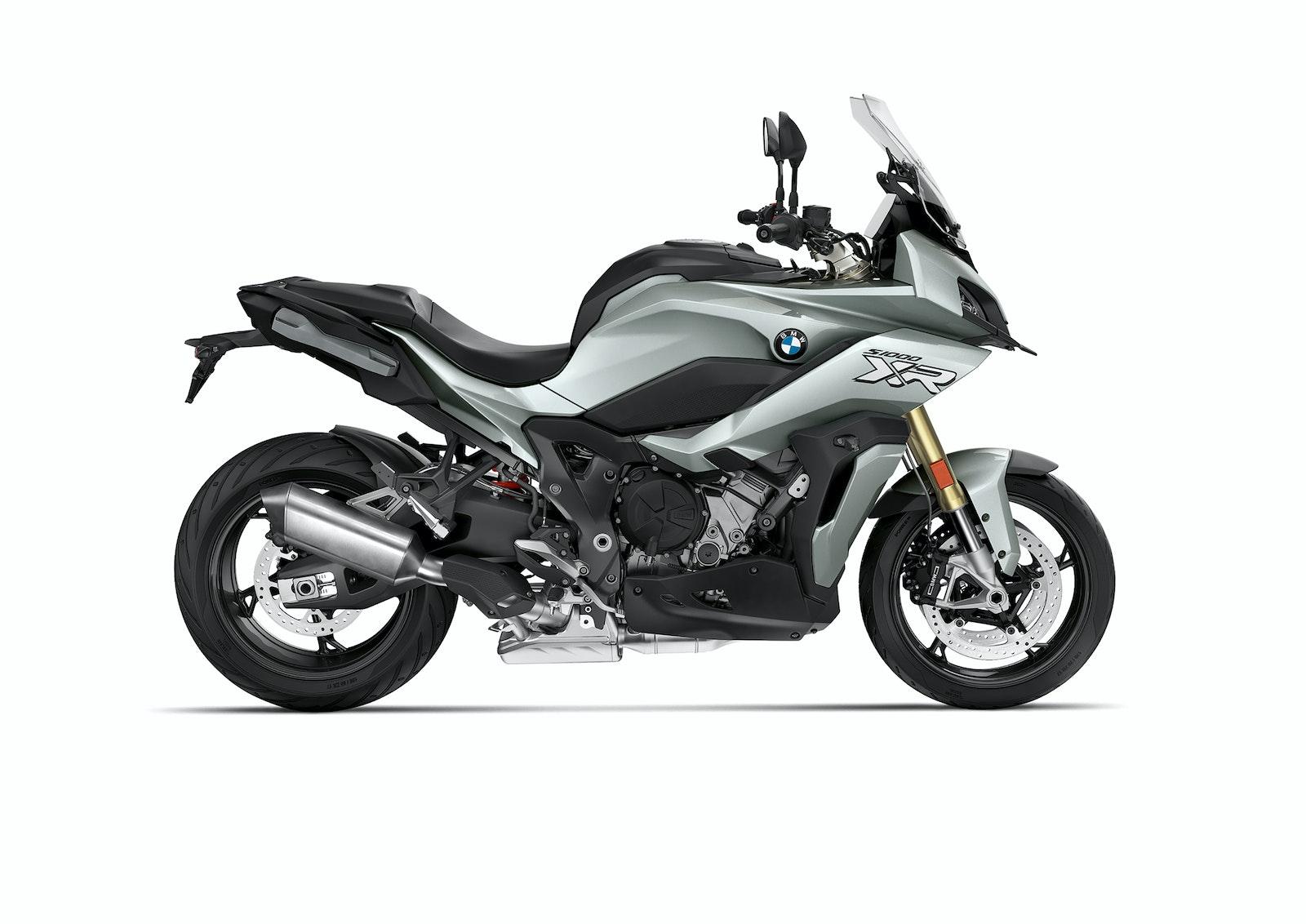 2020_BMW_F900XR